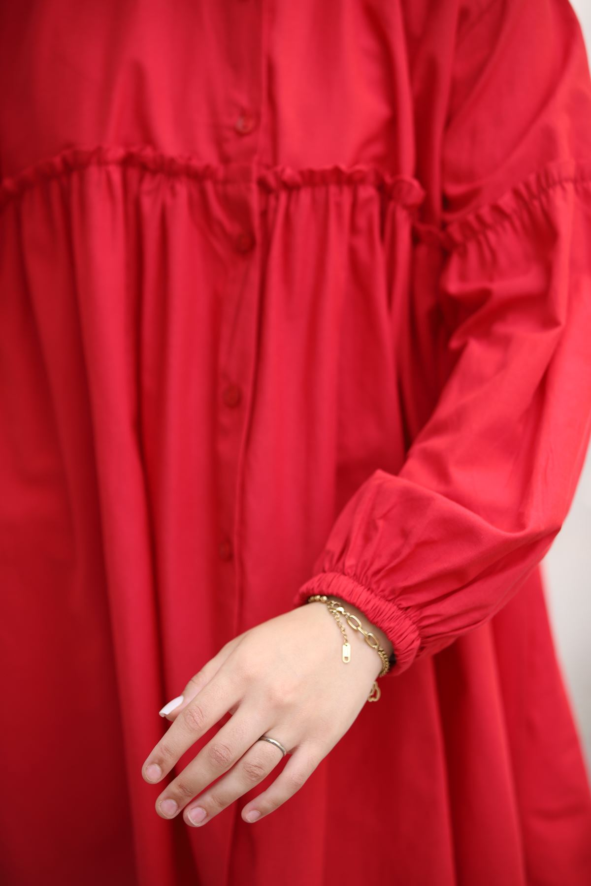 Hakim Yaka Fırfırlı Gömlek - Kırmızı
