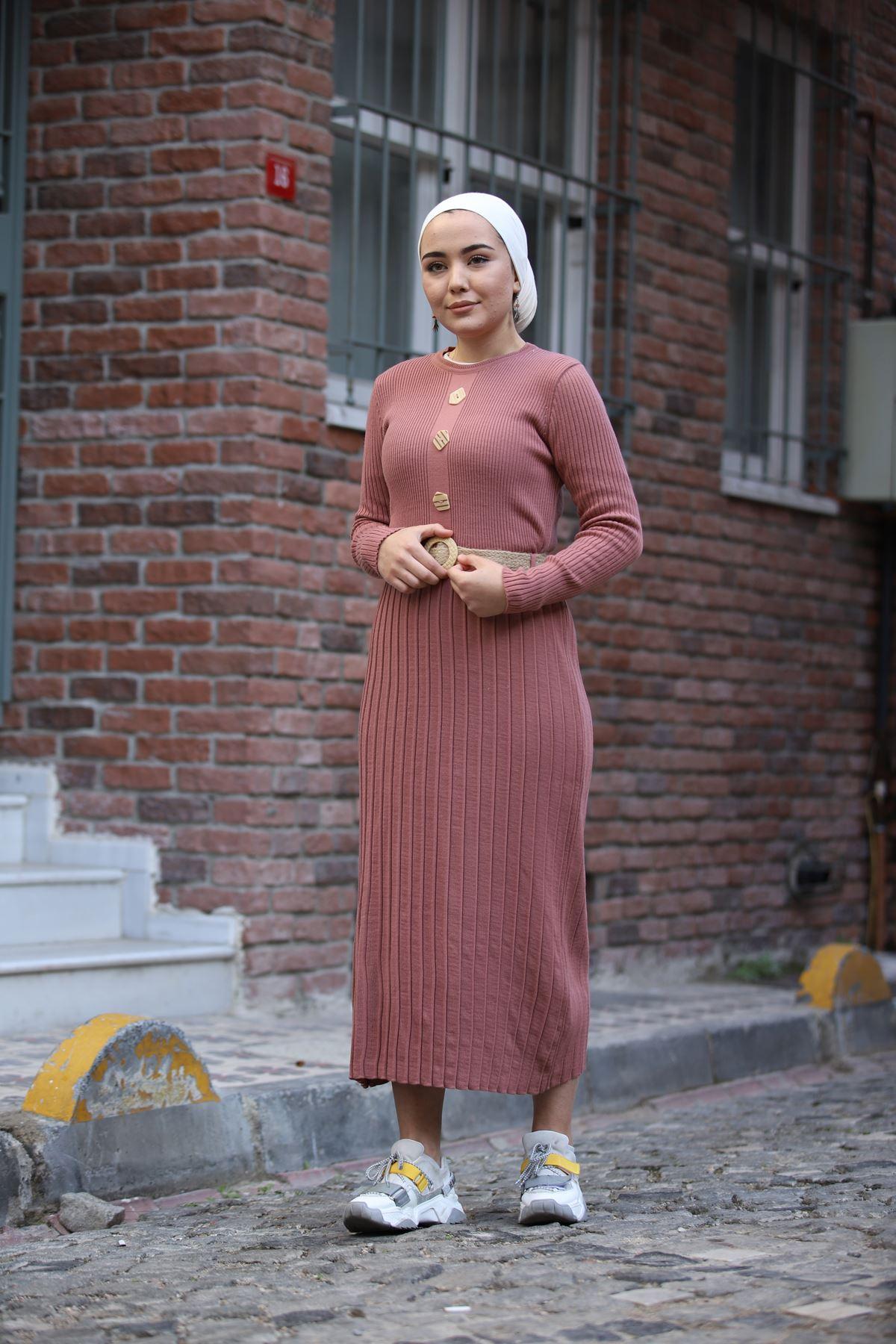 Taş Düğmeli Kemerli Triko Elbise - Gül Kurusu